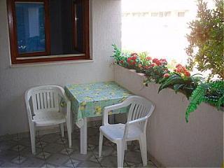 00405SFIJ  Mali 3(4+1) - Sveti Filip i Jakov - Sveti Filip i Jakov vacation rentals
