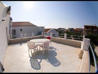 2442 A12 (4+2) - Pirovac - Pirovac vacation rentals