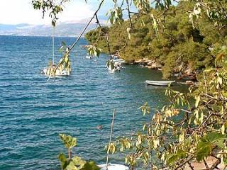 00201SPLI  A1(2+1) - Splitska - Splitska vacation rentals