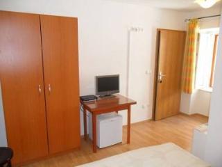 2142 R2(2) - Trogir - Trogir vacation rentals