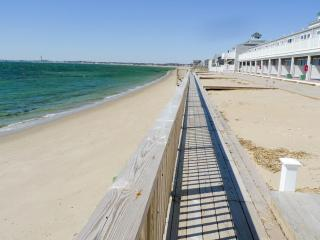 Waterfront/Beachfront - Truro/Provincetown Cool! - Truro vacation rentals