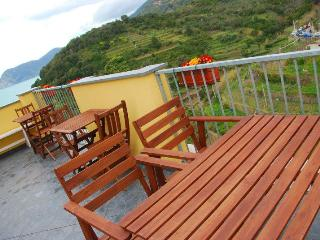 Casa  Carrugio - Manarola vacation rentals