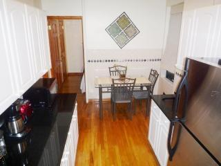 Valentine Rentals@ W180th St-Beaut 3 Bed/1.5 Baths - New York City vacation rentals