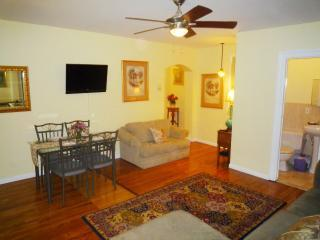 Valentine Rentals @ W84th St  - 2 Bed/ 2 Bath - New York City vacation rentals