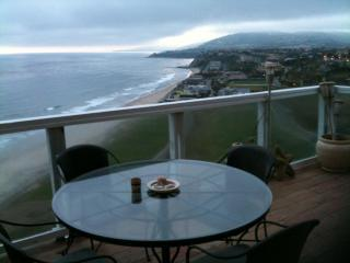 LUXURY OCEANFRONT CONDO,  FABULOUS SUNSETS, 4 unit - Dana Point vacation rentals