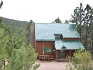 Spacious 5 bedroom Lead House with Deck - Lead vacation rentals