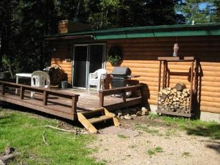 Reed`s Retreat - Lead vacation rentals