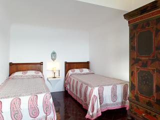 Family-Friendly Villa On Lake Maggiore - Villa Laveno - Reno vacation rentals