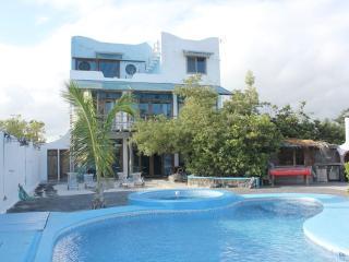 Bay House: - La casa di Furio en Galapagos - Puerto Ayora vacation rentals