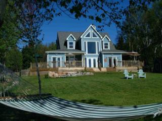 back house new61 revised size for baddeck site - Sea Parrot Ocean View Manor/Resort/Cottages/B&B - Englishtown - rentals