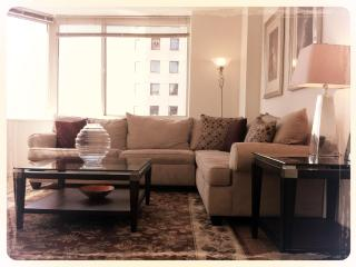 Modern 2BR/2BA Amazing Views, steps to Broadway - New York City vacation rentals
