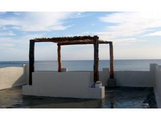 Spacious 4 bedroom House in Majahual - Majahual vacation rentals