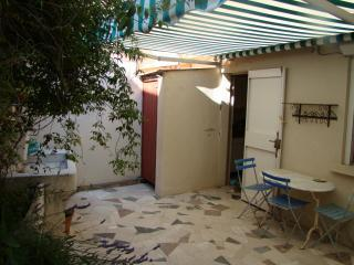 tiny house Cassis, France to rent weekly - Cassis vacation rentals