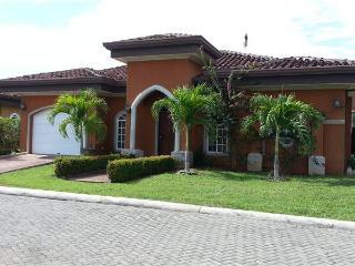 Costa del Sol -Pool House - Jaco vacation rentals