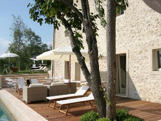 Gorgeous Villa with Internet Access and DVD Player - Asolo vacation rentals