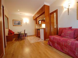 Arc de Triomphe 2 Bedroom 2 Bathroom (3087) - Courbevoie vacation rentals