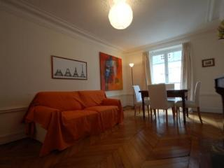 Ille Saint-Louis 2 Bedroom 1 Bath (3237) - Ile-de-France (Paris Region) vacation rentals