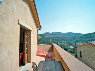 Our apartment in Borgo di Gaiole, Chianti - Gaiole in Chianti vacation rentals