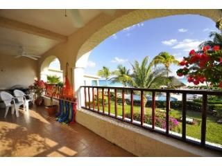 Double front terrace with view of gardens, pools and beach - 3 Bdrm Beachfront Condo Xaman-ha Xaman-ha 7121 - Playa del Carmen - rentals