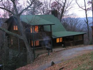 Smoky Mountain Cabin Rental Mothers Day, Hot Tub - Pigeon Forge vacation rentals