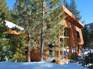 The Historic Palisades Cabin Squaw Valley - North Tahoe vacation rentals