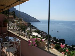 Vacation House in Positano with Great Views  - Positano Rifugio - Positano vacation rentals