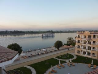 The complex on the Nile - Luxurious 3 bedroom duplex apartment , sleeps 6 - Luxor - rentals