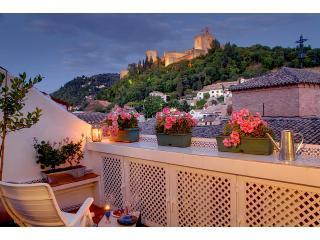 Apartamentos Muralla Ziri - PENTHOUSE  TERRACE-VIEW - Granada vacation rentals