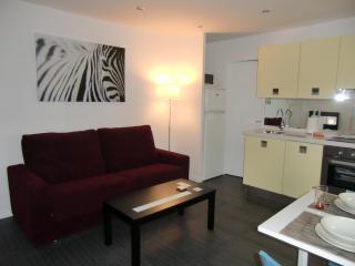 Barcelona Beach - Stylish apartment in Barceloneta - Barcelona vacation rentals