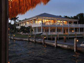 Cozy 3 bedroom Islamorada House with Deck - Islamorada vacation rentals