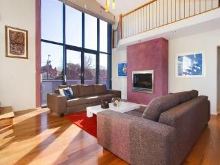 1/264 Glen Eira Road, Caulfield, Melbourne - Victoria vacation rentals