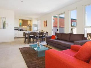 13/114a Westbury Close, East St Kilda, Melbourne - Melbourne vacation rentals