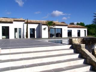 Holiday rental Villas Cucuron - 8km Lourmarin - (Vaucluse), 320 m², 5 000 € - Cucuron vacation rentals