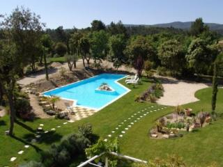 Holiday rental Villas Jouques (Bouches-du-Rhône), 300 m², 3 480 € - Jouques vacation rentals