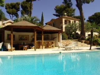 Holiday rental Villas La Ciotat (Bouches-du-Rhône), 450 m², 8 450 € - La Ciotat vacation rentals