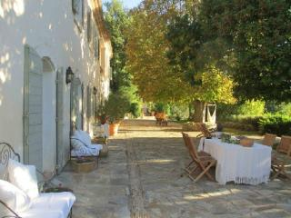 Holiday rental French farmhouses / Country houses Sud Luberon (Vaucluse), 340 m², 6 250 € - Cabrieres d'Aigues vacation rentals
