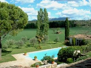 French Country House Holiday Rental with a Pool, Aix en Provence - Aix-en-Provence vacation rentals