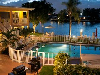 Beautiful Efficiency Studio on the Intracoastal - Pompano Beach vacation rentals