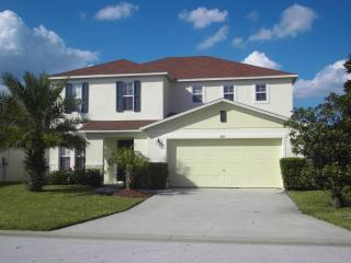 Spacious Disney Villa,Sunny Garden,Pool,GamesRoom, - Orlando vacation rentals