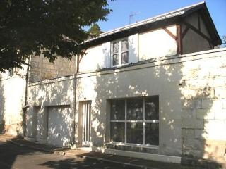 Romantic holiday home in the heart of Saumur town - Saumur vacation rentals