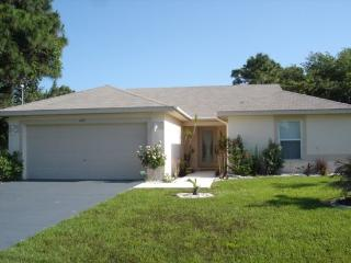Wayne - lovely home with pool mins to everything - Manasota Key vacation rentals