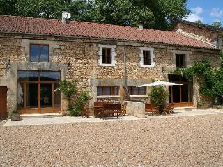 Les Gites Trepart, Le Chai Gite ***** Brantome - Saint-Pierre-de-Cole vacation rentals