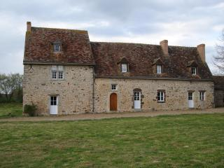 Charming and Comfortable French Country Property! - Brulon vacation rentals