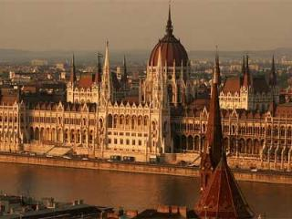 Parliament Prestigious   downtown 1-5 pers. wifi - Budapest vacation rentals
