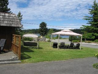 Nice House with Deck and Towels Provided - Gabriola Island vacation rentals
