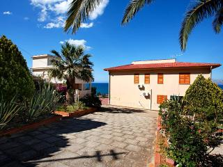 Villa Del Golfo -What a view! Ideal vacation spot! - Castellammare del Golfo vacation rentals