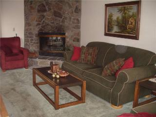 3 bedroom House with Waterfront in McHenry - McHenry vacation rentals