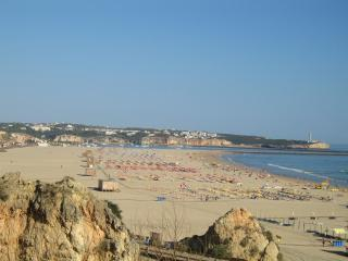 3 Bedroom Apartment in Praia da Rocha, Portimao - Monchique vacation rentals
