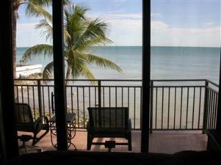 Deluxe  3 Bdrm Ocean-Front 1800 Atlantic C141 - Key West vacation rentals