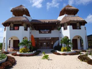 Perfect Villa with Deck and Internet Access - Majahual vacation rentals